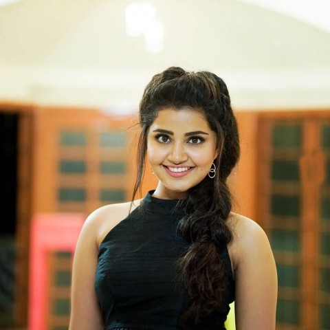 Anupama Parameswaran Beautiful Hd Photos Pic