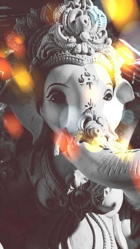 Lord Ganesha Wallpaper Photo