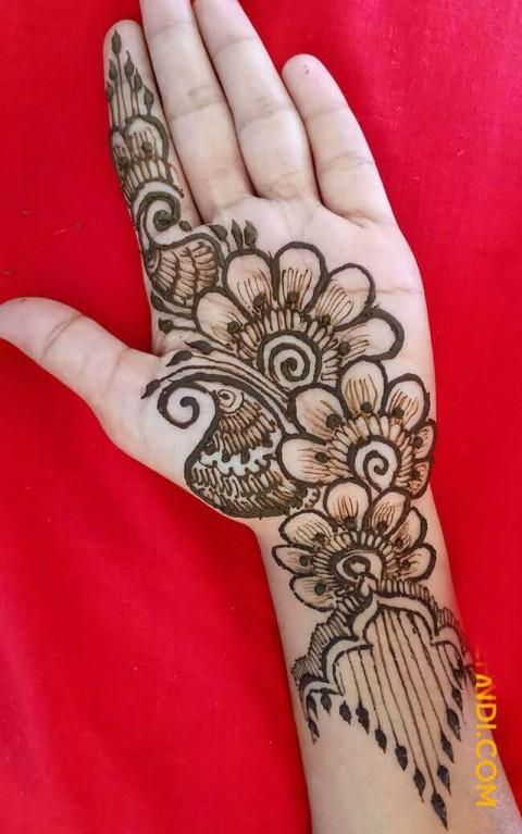modern front hand mehndi design