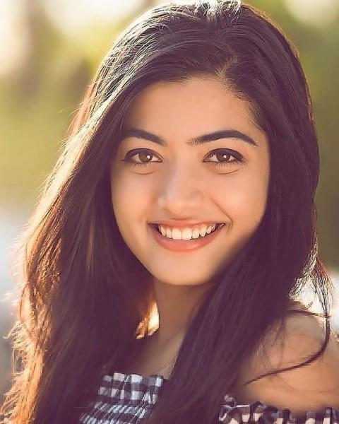 Rashmika Mandanna Smiling Face images Photo